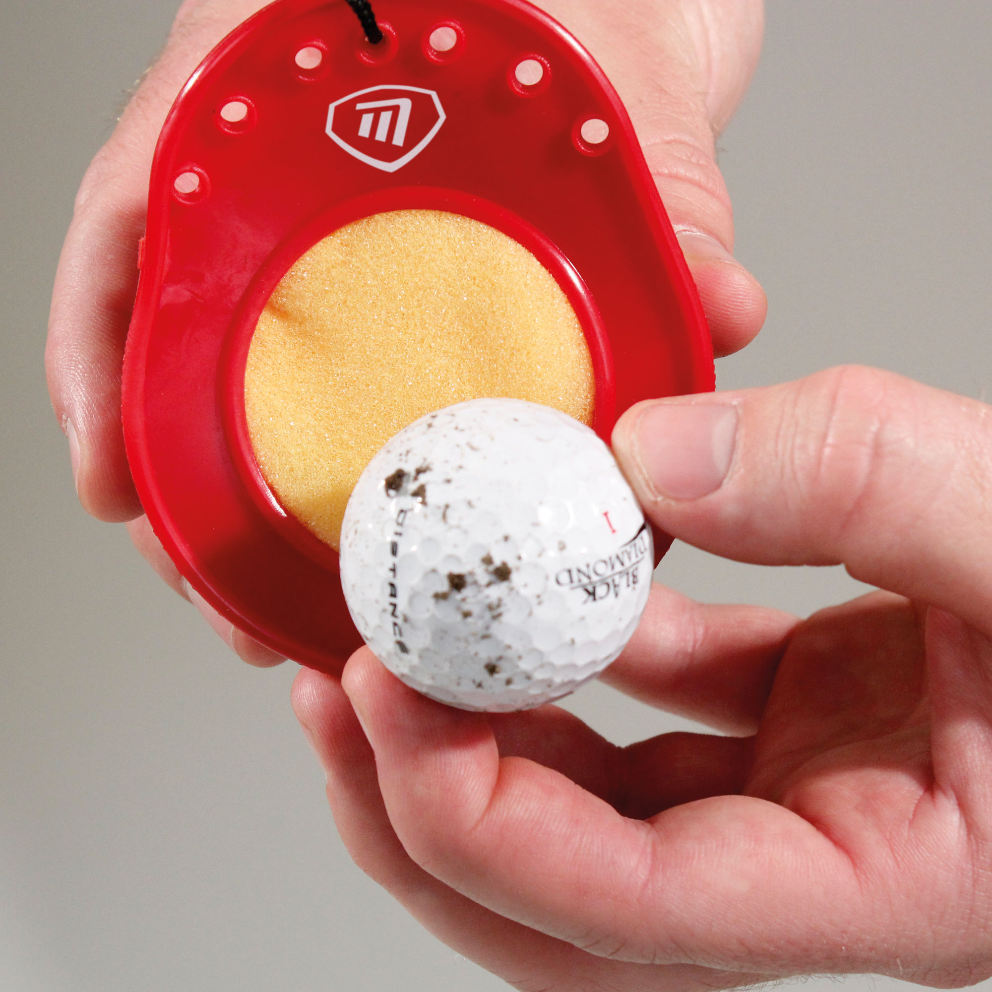 Ball Cleaner And Tee Holder Masters Golf